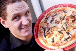 pizza-belalang-australia