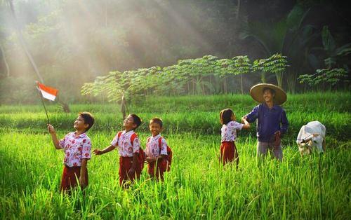 Image result for bangsa besar adalah yang buat petani sejahtera